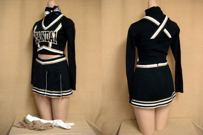 関西大学チアリーディング部の制服