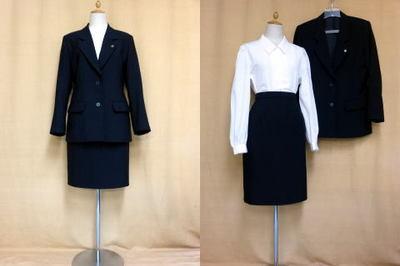 武庫川女子大学の制服