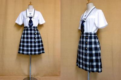 鶴川高等学校の制服
